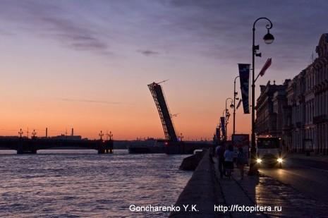 Троицкий мост. Вид с Дворцовой набережной