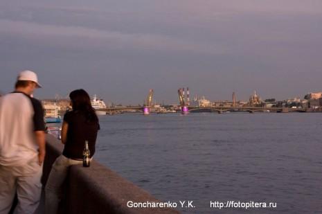 Благовещенский мост. Вид с Адмиралтейской набережной